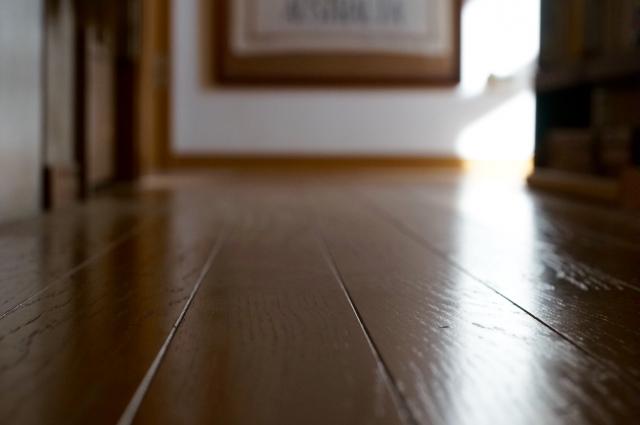 床ワックスの落とし方