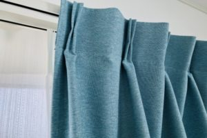 カーテンを洗う頻度
