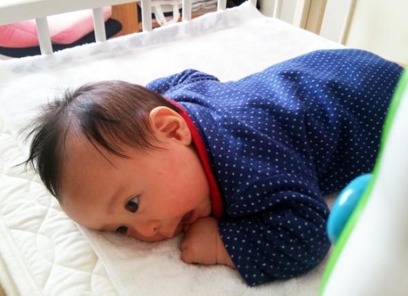 赤ちゃん寝返り戻れない