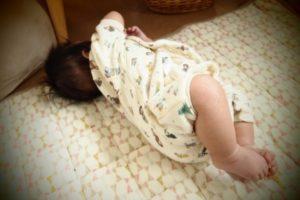 赤ちゃん寝返りとは